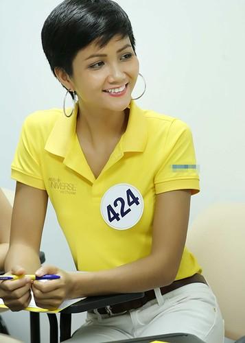 Vai tro dac biet cua Nguyen Thi Loan tai HH Hoan vu Viet Nam-Hinh-9