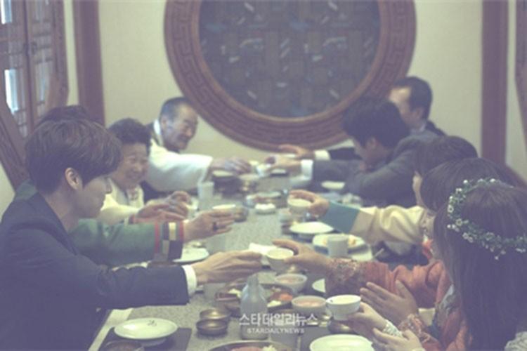 Truoc Song - Song, nhieu sao Han lam dam cuoi rieng tu tuyet doi-Hinh-11