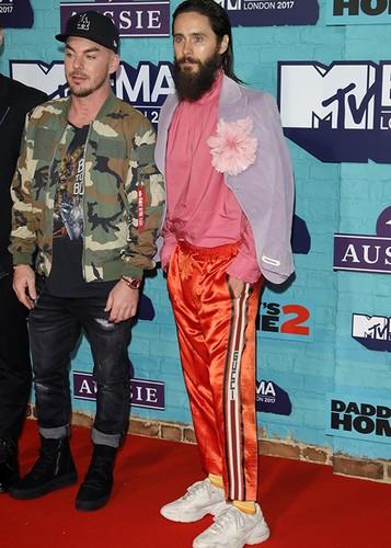 Dan sao Hollywood goi cam tren tham do MTV EMA 2017-Hinh-12