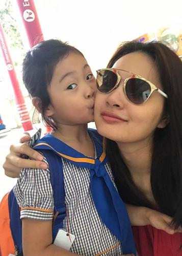 Hot Face sao Viet 24h: Huyen My an ui Thuy Dung khi truot top 15-Hinh-3