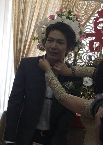 Kelvin Khanh ruoc dau bang mo to trong dam cuoi voi Khoi My-Hinh-10