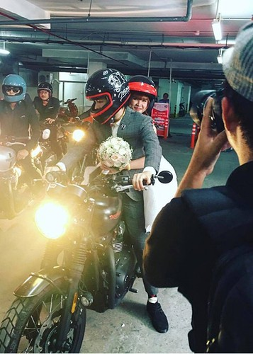 Kelvin Khanh ruoc dau bang mo to trong dam cuoi voi Khoi My-Hinh-2