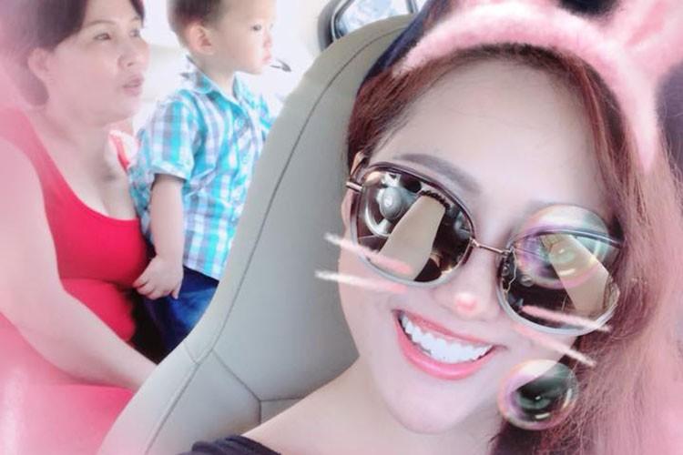 Hot Face sao Viet 24h: Dam Thu Trang mim cuoi hanh phuc-Hinh-10