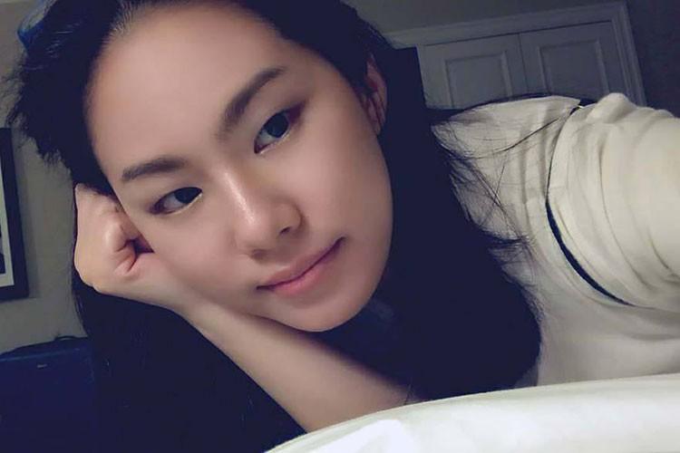 Hot Face sao Viet 24h: Dam Thu Trang mim cuoi hanh phuc-Hinh-12