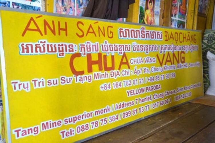 La mat voi Chua Vang noi tren Bien Ho