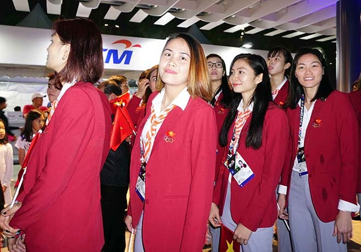 Khai mac SEA Games 29: Trai xinh gai dep doan Viet Nam toa sang-Hinh-4