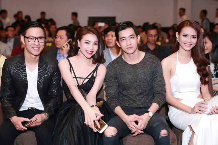 Tra Ngoc Hang lo noi y goi cam lan at Ngoc Trinh-Hinh-11