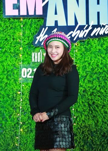 Jun Vu Dinh Hieu ngai ngung dien canh hon truoc khan gia-Hinh-10