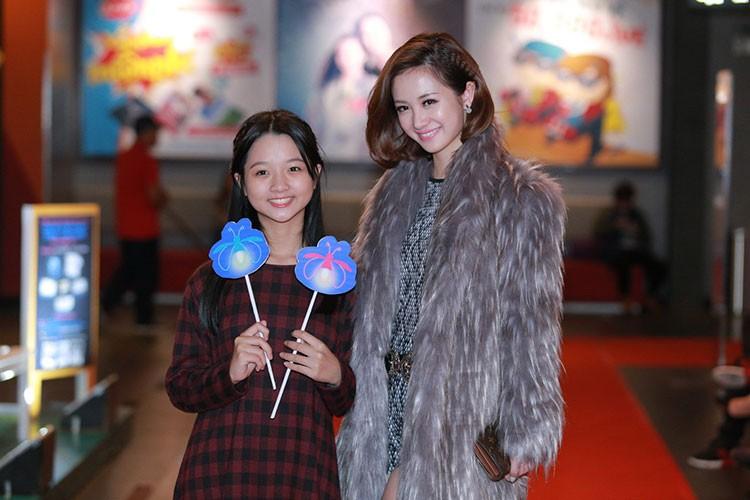 Jun Vu Dinh Hieu ngai ngung dien canh hon truoc khan gia-Hinh-8