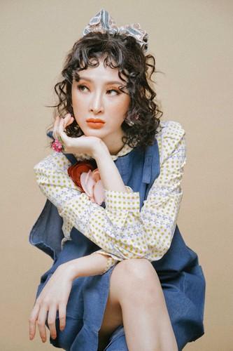 Angela Phuong Trinh cham mat tan nhang, khoe ve dep la-Hinh-5