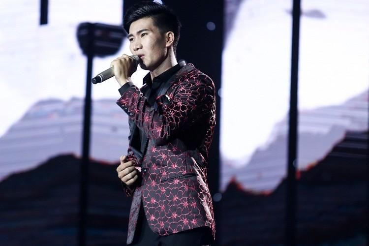 Dam Vinh Hung nam dai thuong thuc vu dao cua Ngoc Son-Hinh-10