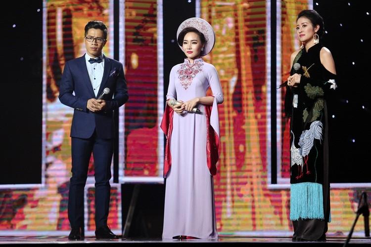 Dam Vinh Hung nam dai thuong thuc vu dao cua Ngoc Son-Hinh-6