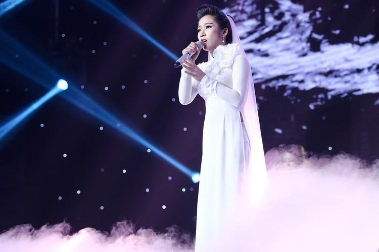 Dam Vinh Hung nam dai thuong thuc vu dao cua Ngoc Son-Hinh-7