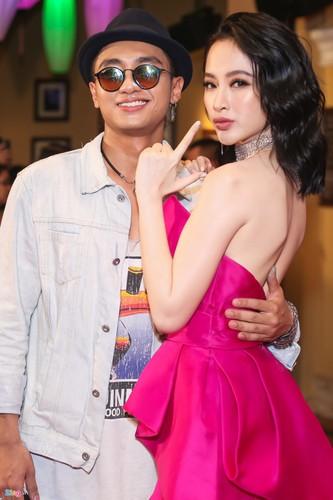 Angela Phuong Trinh tinh tu ben dan trai dep tai su kien-Hinh-4