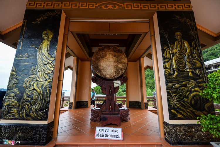 Chiem nguong ngoi chua ven bien dep nhat Quang Ninh-Hinh-8