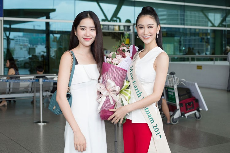 Ha Thu mang theo 10 kien hanh ly den Philippines thi Miss Earth-Hinh-7
