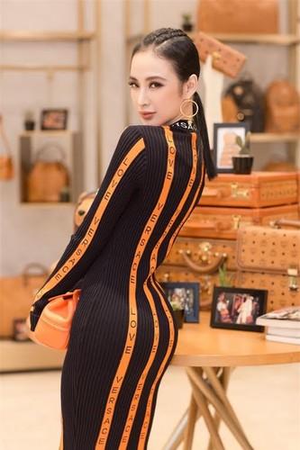 Cach dien do den sieu chat nhu Pham Huong, Hoang Thuy-Hinh-7