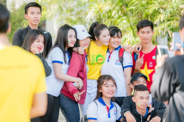 Ly Nha Ky cu xinh dep the nay fan nao ma cha yeu!-Hinh-11