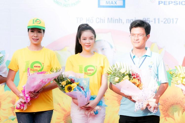 Ly Nha Ky cu xinh dep the nay fan nao ma cha yeu!-Hinh-4