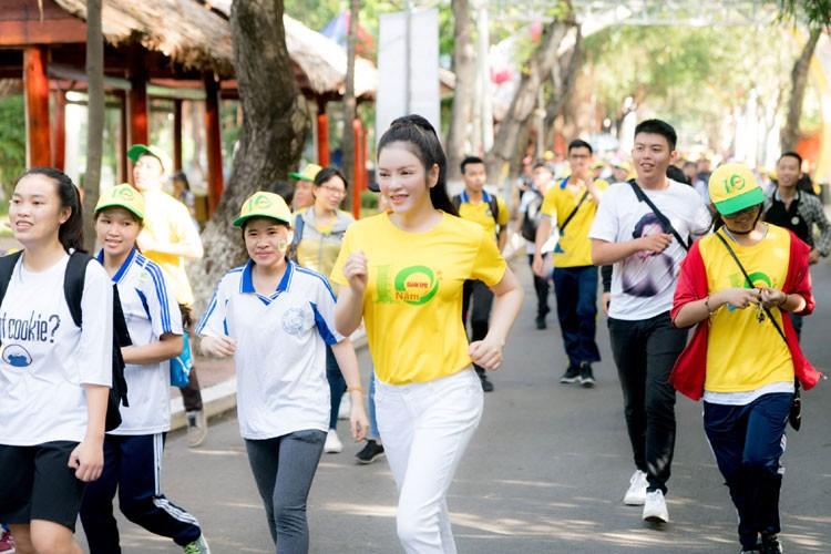 Ly Nha Ky cu xinh dep the nay fan nao ma cha yeu!-Hinh-6