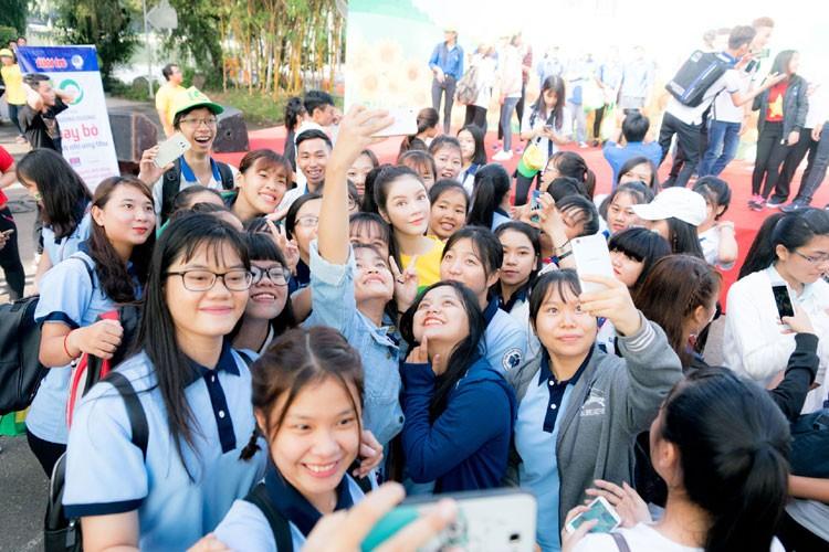 Ly Nha Ky cu xinh dep the nay fan nao ma cha yeu!-Hinh-8
