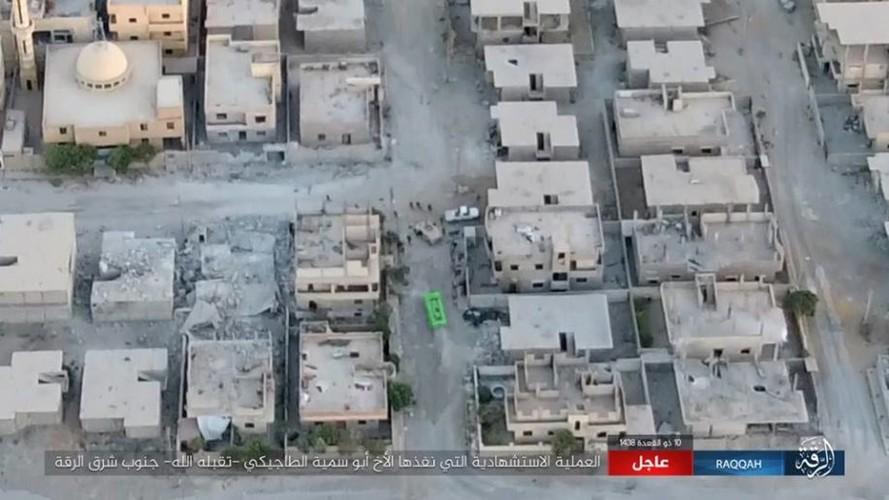 IS danh bom tu sat no tung khu nguoi Kurd o Raqqa