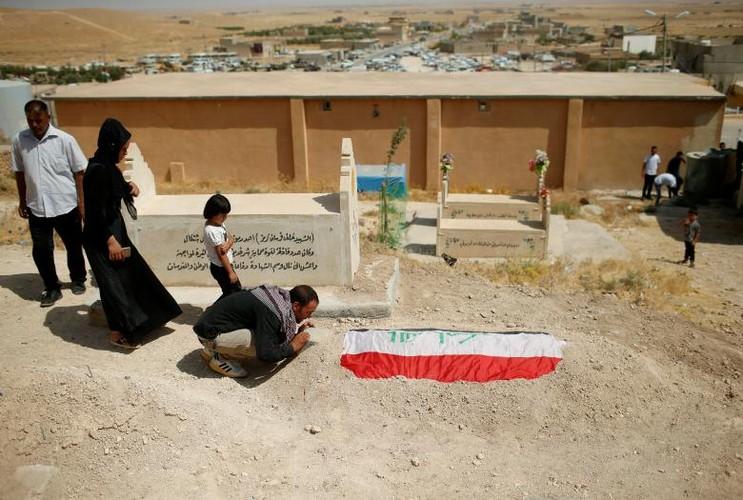 Nguoi Yazidi o Iraq sau cuoc tham sat cua phien quan IS-Hinh-2
