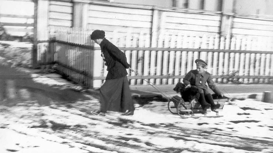 Anh hiem ve Sa hoang Nikolai II bi luu day o Siberia-Hinh-8