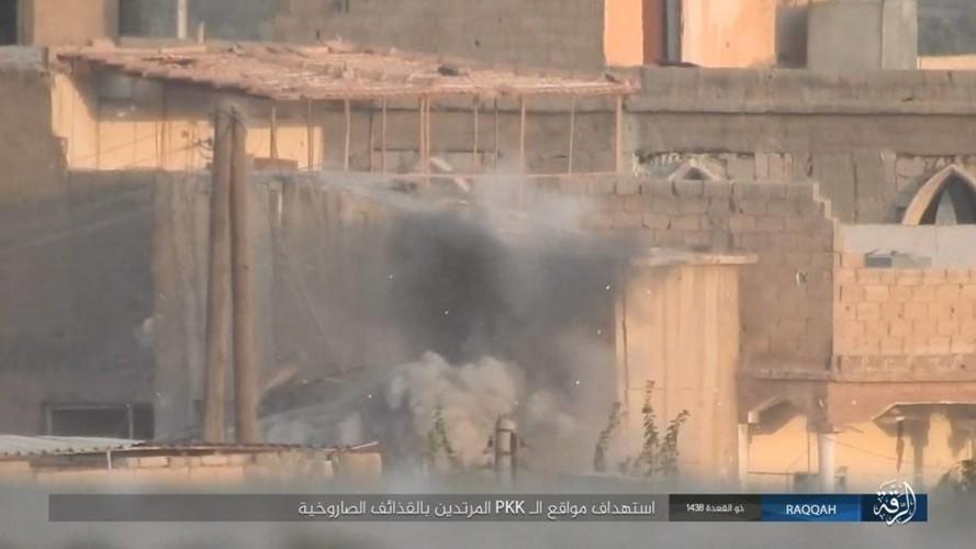 Anh: IS dien cuong chong tra du bi bao vay o Raqqa-Hinh-5