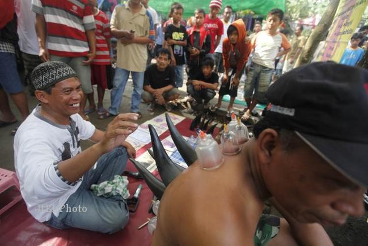 Kinh ngac truoc phuong phap chua benh duong pho bang sung trau-Hinh-6