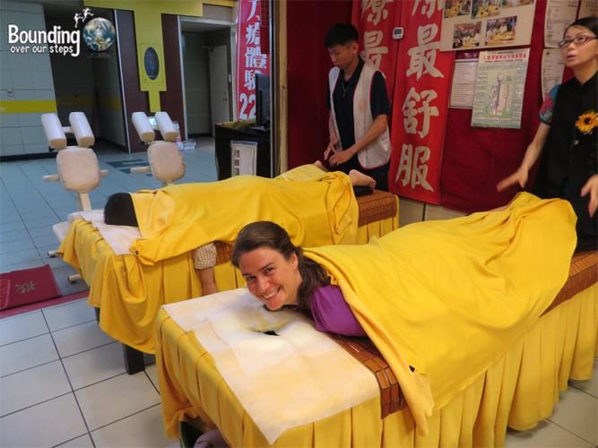 Noi da ga massage thu gian bang dao phay-Hinh-9
