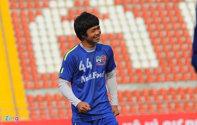 """Cong Phuong bi hang tram fan """"bua vay"""" xin chup anh-Hinh-4"""