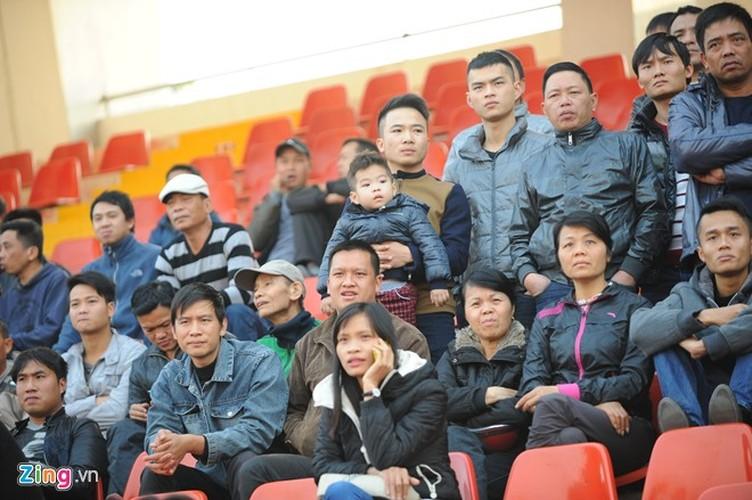 """Cong Phuong bi hang tram fan """"bua vay"""" xin chup anh-Hinh-8"""