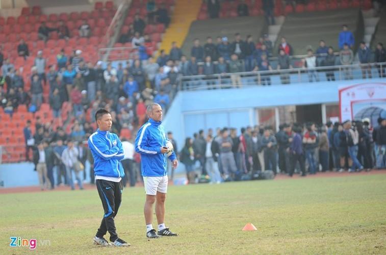 """Cong Phuong bi hang tram fan """"bua vay"""" xin chup anh-Hinh-9"""