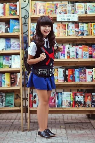 Bat ngo voi chieu cao that cua cac hot girl dinh dam-Hinh-4