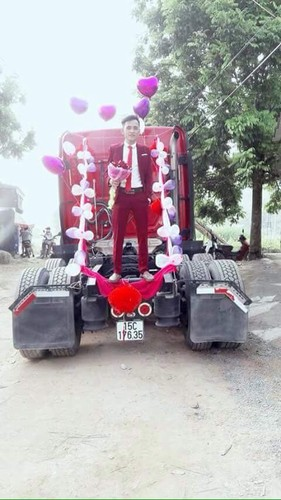 Dang sau man ruoc dau bang xe container gay sot o Bac Giang-Hinh-2
