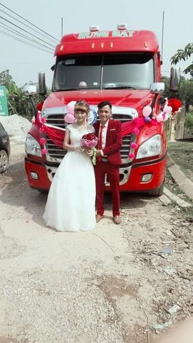 Dang sau man ruoc dau bang xe container gay sot o Bac Giang-Hinh-3