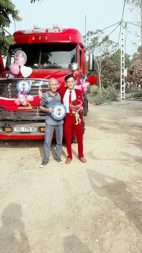 Dang sau man ruoc dau bang xe container gay sot o Bac Giang-Hinh-5
