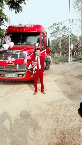 Dang sau man ruoc dau bang xe container gay sot o Bac Giang-Hinh-8