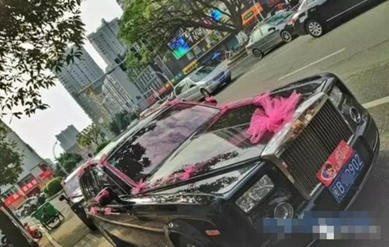 Co dau Trung Quoc deo vang day nguoi trong dam cuoi gay xon xao-Hinh-3