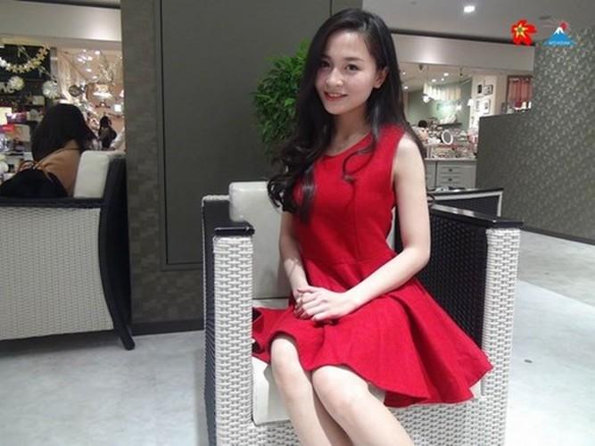9X xinh dep nhan bang khen cua DSQ Viet Nam tai Nhat-Hinh-6