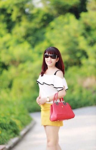 Phat sot ba ngoai U50 o Hai Phong tre nhu con gai-Hinh-4