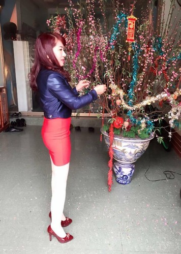 Phat sot ba ngoai U50 o Hai Phong tre nhu con gai-Hinh-6
