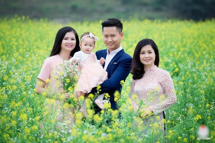 Phat sot ba ngoai U50 o Hai Phong tre nhu con gai-Hinh-10