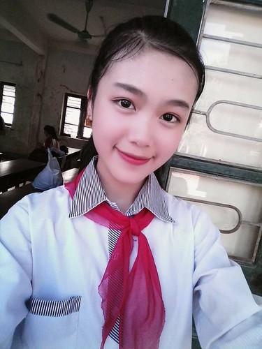 "Co be lop 9 dang lam ""tan chay"" van trai tim la ai?-Hinh-9"