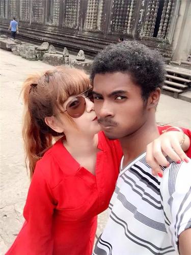 Chang da den Campuchia lay vo xinh nhu hot girl gio ra sao?-Hinh-2