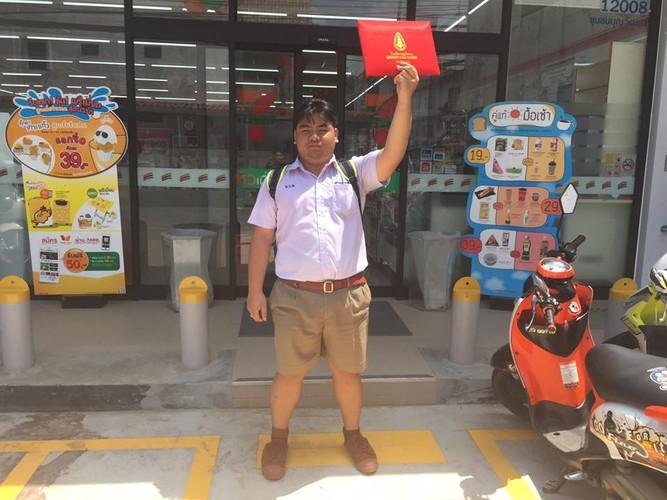 Cuoi sac nam sinh vac bang cap 3 di khoe khap noi-Hinh-5