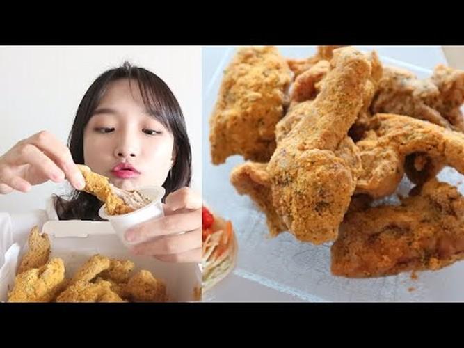 "Suc hut cua ""hot girl an ao"" gay sot mang Han Quoc-Hinh-10"