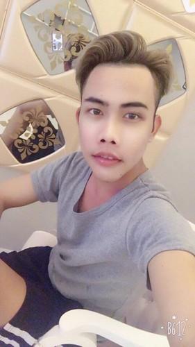 Tung Son khoe dien mao moi nhat, da trang nhu Ngoc Trinh-Hinh-3