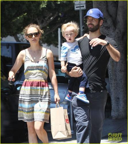 Natalie Portman xung danh sao nu tuoi Dau thong minh nhat Hollywood-Hinh-7